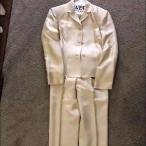 Ann Taylor Other - Ann Taylor silk suit